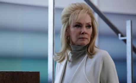 Melanie Misses Oliver - Legion Season 1 Episode 4