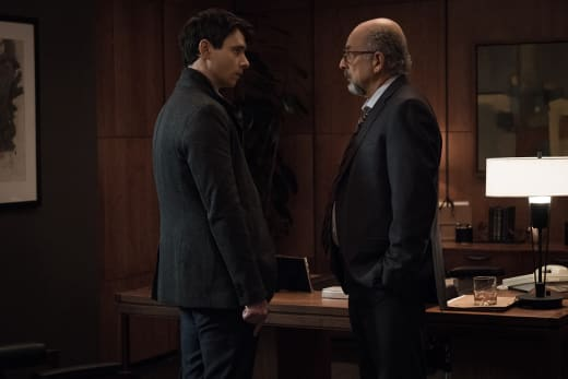 Quayle is Stunned Silent - Counterpart Season 1 Episode 10