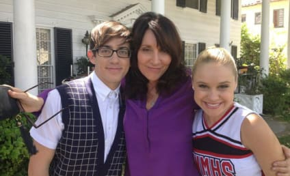 Katey Sagal on Glee Set: First Look!