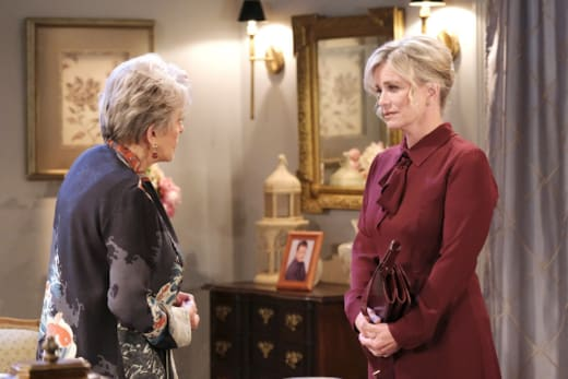 Kayla is There for Julie - Days of Our Lives
