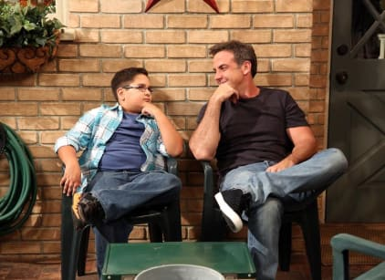 Watch Cristela Season 1 Episode 7 Online
