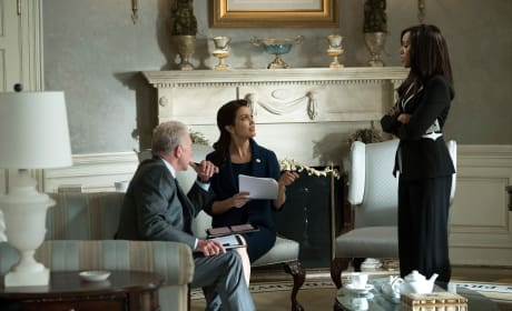 Scandal Photo Preview: Will Olivia Cope With All the Power?