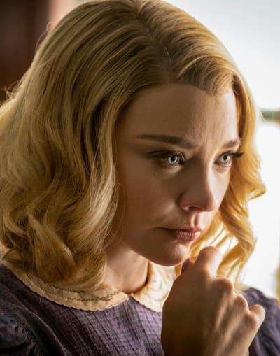 Elsa Up-Close - Penny Dreadful: City of Angels Season 1 Episode 1