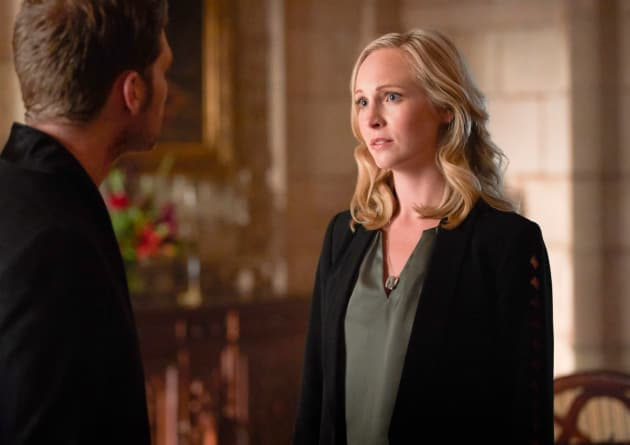 Get a Grip! - The Originals Season 5 Episode 1