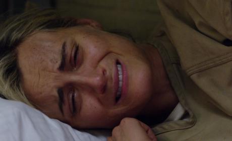 Broken Piper - Orange is the New Black Season 4 Episode 8