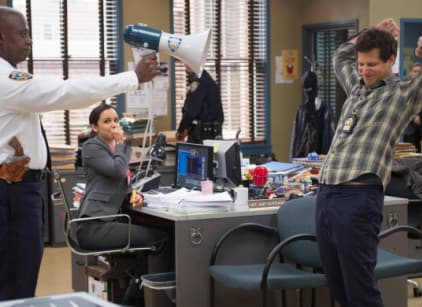 Watch Brooklyn Nine-Nine Season 1 Episode 8 Online