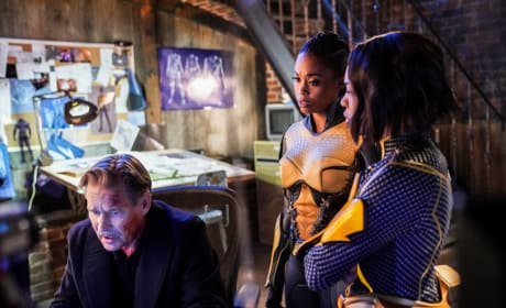 The New Team - Black Lightning Season 2 Episode 16