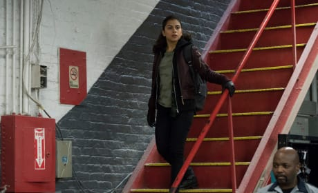Checking it Out - The Blacklist Season 5 Episode 17