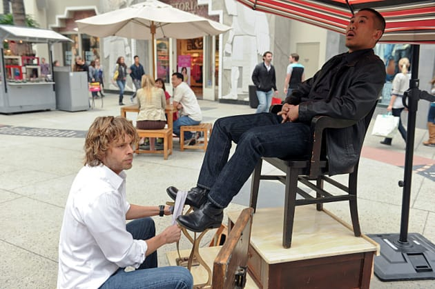 Deeks: Shoe Shiner