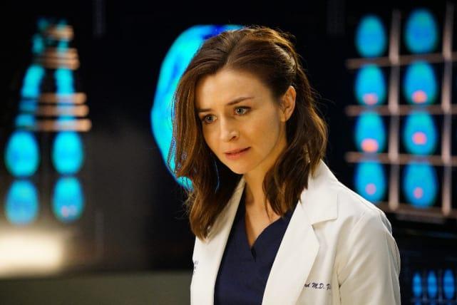 Amelia Works Hard - Grey's Anatomy Season 12 Episode 4