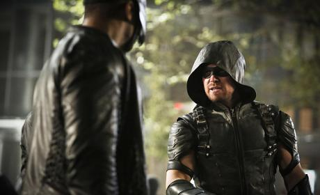 Making plans - Arrow Season 4 Episode 23