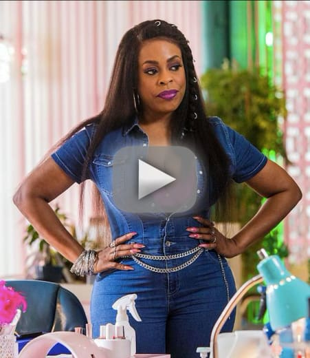 Watch Claws Online: Season 2 Episode 2