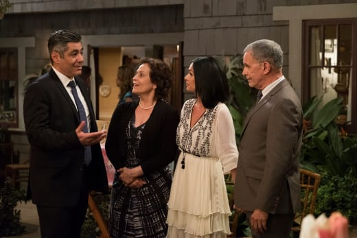 Impressing the In-Laws - The Fosters Season 5 Episode 8