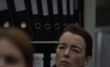 Emily Prime is a Face In the Crowd - Counterpart Season 2 Episode 10