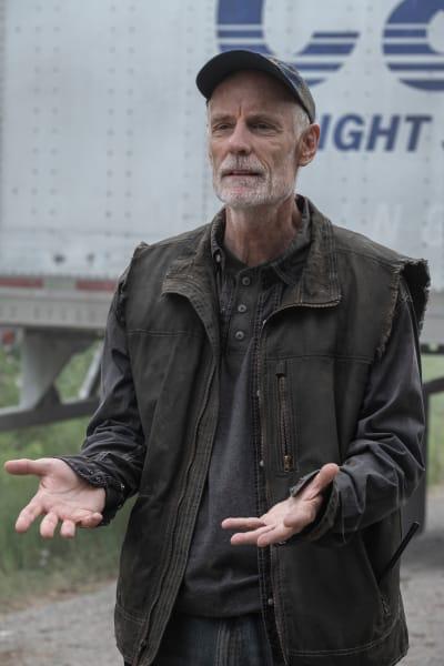 Logan Makes a Deal - Fear the Walking Dead Season 5 Episode 11