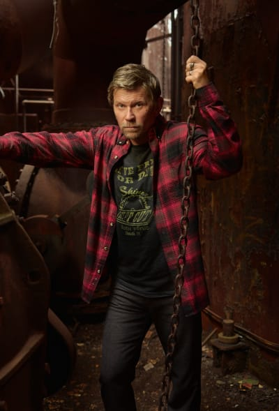 American Rust Promo Pic of Mark Pellegrino