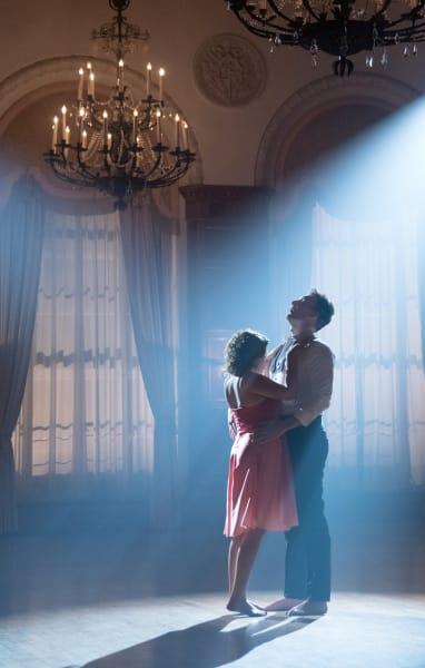 Rebecca's Dirty Dance - Crazy Ex-Girlfriend Season 2 Episode 11