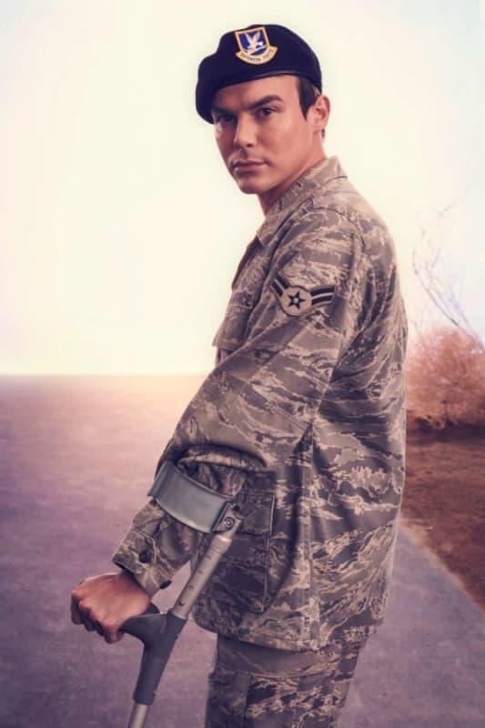 Tyler Blackburn as Alex Manes - Roswell, New Mexico