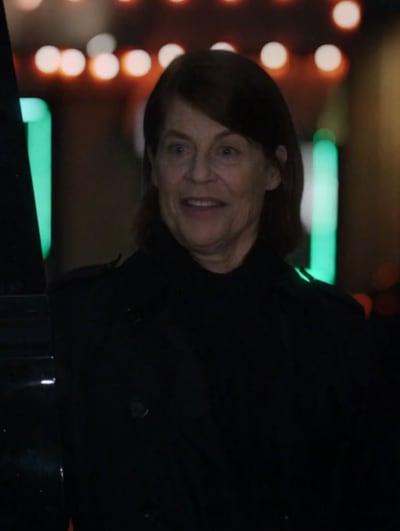 Bigger Than Expected - Resident Alien Season 1 Episode 10