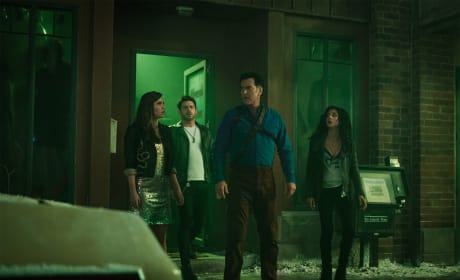 Reunion - Ash vs Evil Dead Season 3 Episode 8
