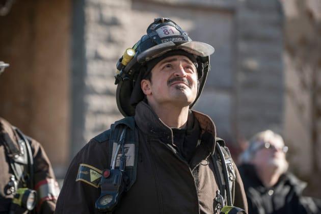Otis Looks On - Chicago Fire Season 5 Episode 11