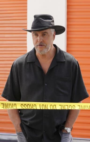 Gil Returns - CSI: Vegas Season 1 Episode 2