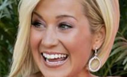 Canadian News Covers Kellie Pickler Visit