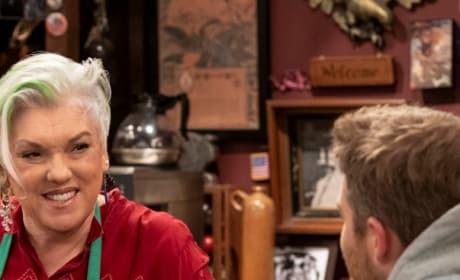 Phyllis at the Bar - Murphy Brown Season 11 Episode 12
