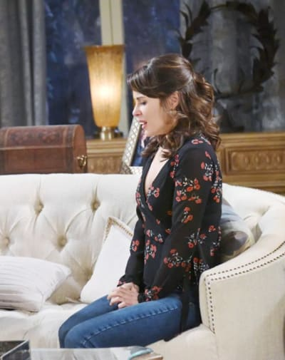 (TALL) Sarah's Next Move - Days of Our Lives