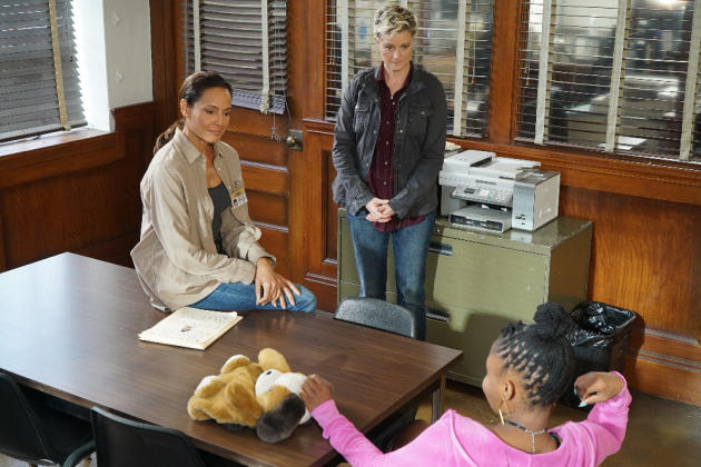 Just Between Us Girls - The Fosters Season 4 Episode 17