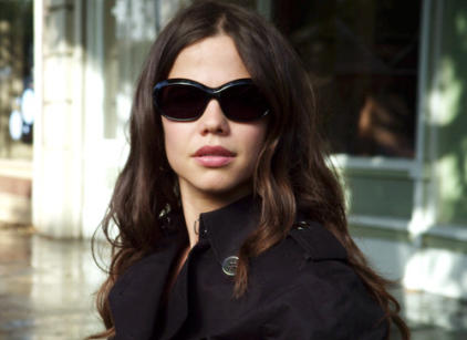 Watch Pretty Little Liars Season 1 Episode 2 Online