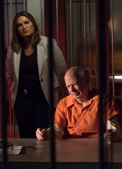 Visiting an Inmate - Law & Order: SVU Season 20 Episode 10