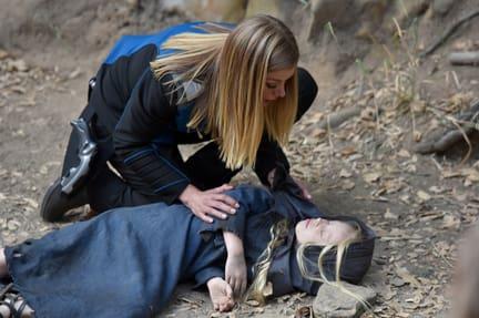 Grayson Helping - The Orville Season 1 Episode 12