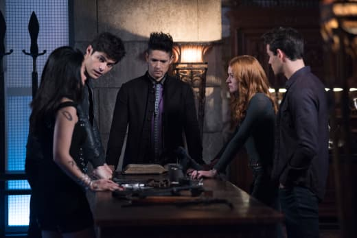 Teen Choice Awards 2018 Nominations: Shadowhunters, Riverdale Lead the Way