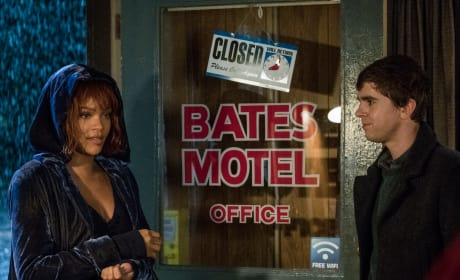 Marion Checks In - Bates Motel Season 5 Episode 6