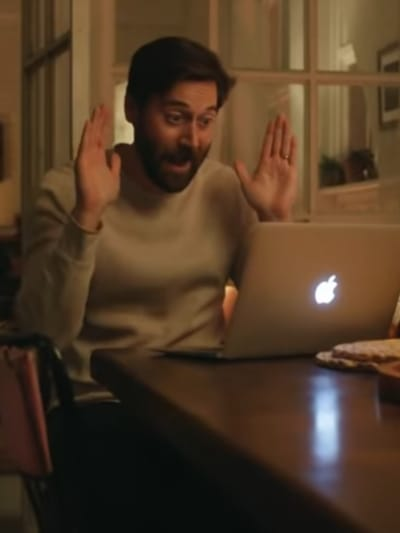 Face time Dad  - New Amsterdam Season 3 Episode 1