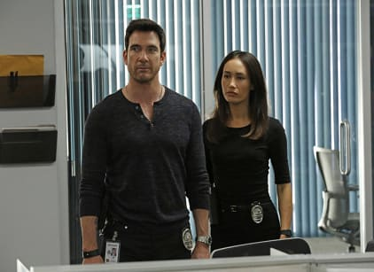 Watch Stalker Season 1 Episode 6 Online