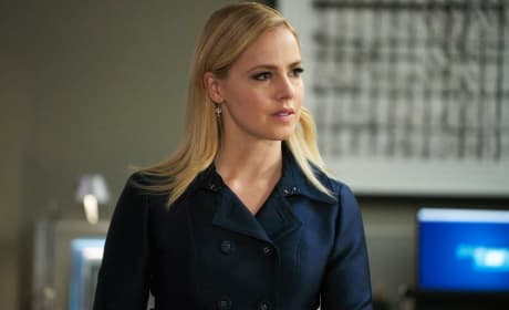 A New Case Begins - Suits Season 8 Episode 1