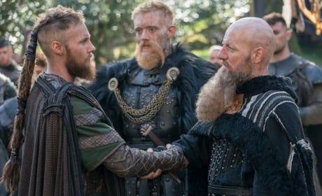 Ubbe Shakes Hands - Vikings Season 5 Episode 18