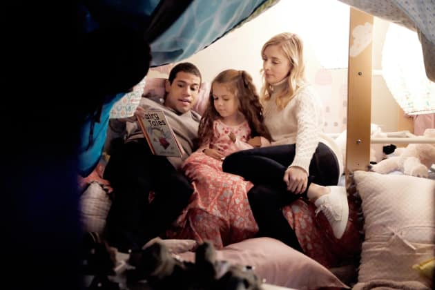 Owen, Serena and Riley =  New Family? - UnREAL Season 3 Episode 7