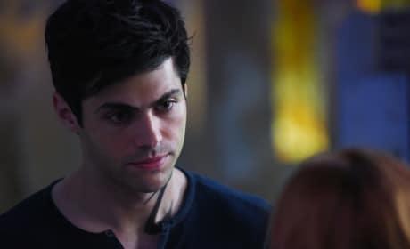 Alec Distraught - Shadowhunters Season 2 Episode 2