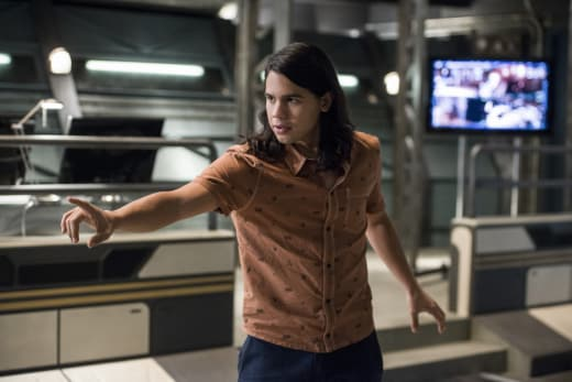 Cisco's Ready - The Flash Season 3 Episode 11