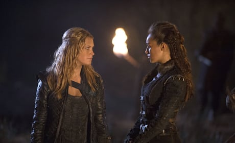 Talking Strategy - The 100 Season 2 Episode 14