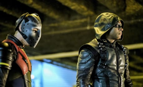 Wild Dog And Green Arrow Are At It Season 6 Episode 6