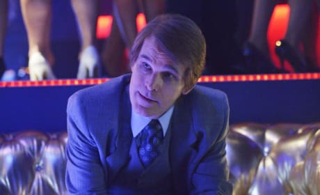 Zeljko Ivanek as Leland Goines - 12 Monkeys Season 1 Episode 11