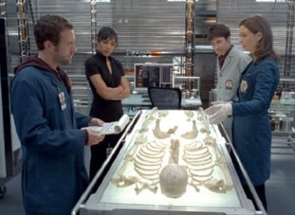 Watch Bones Season 4 Episode 15 Online