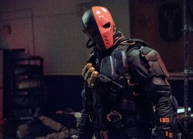 That Helmet Is Still Freaky - Arrow Season 6 Episode 5