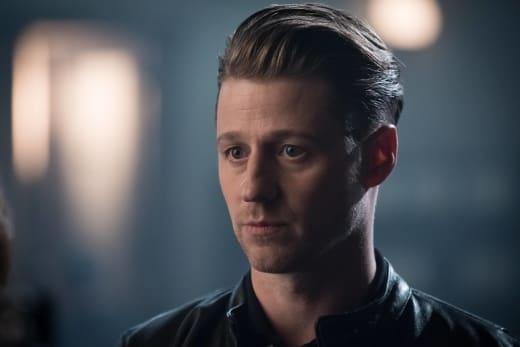 Hot Bounty Hunter - Gotham Season 3 Episode 1