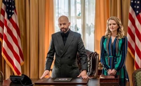 Secretary of Alien Affairs - Small - Supergirl Season 4 Episode 22