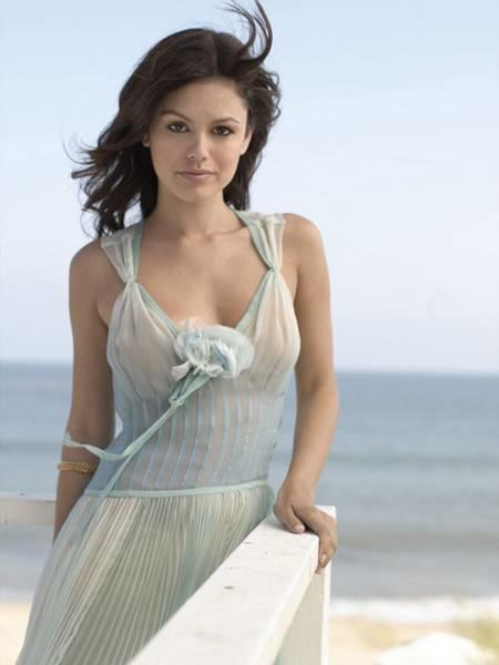 Summer Roberts of The O.C.